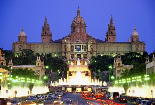Como dirigir em Barcelona e na Espanha