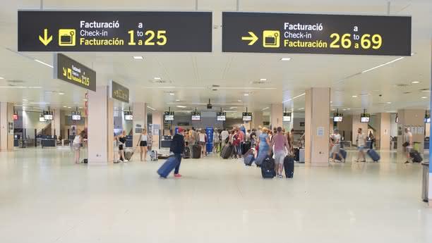 Aeroporto de Ibiza - interior