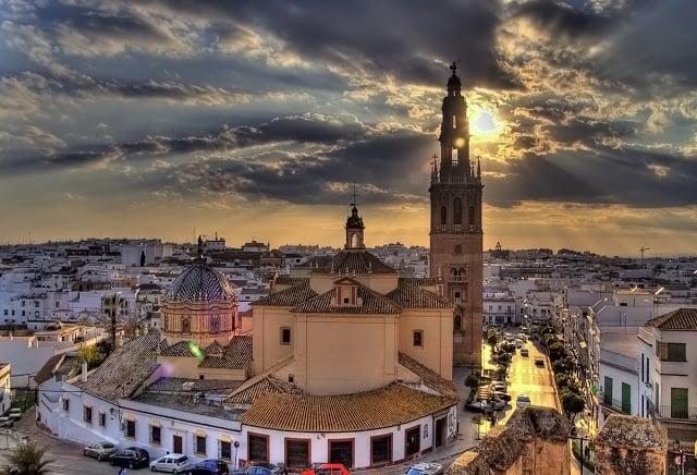Clima e temperaturas em Sevilha