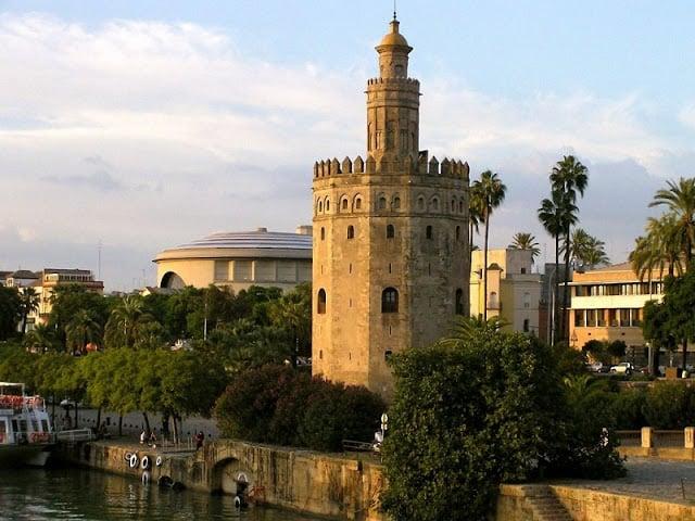 Torre del Oro em Sevilha