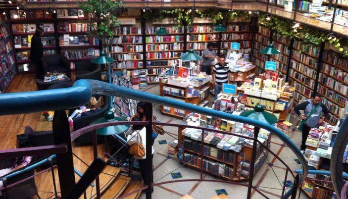 Antinous Libraria-Café
