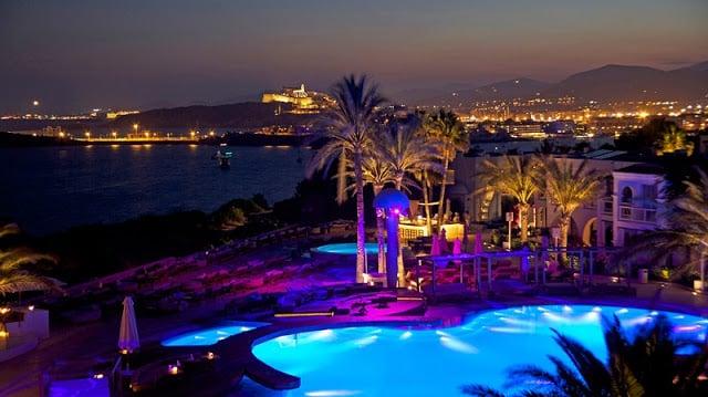 O que fazer à noite em Ibiza