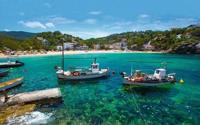 Quanto custa uma passagem aérea para Ibiza