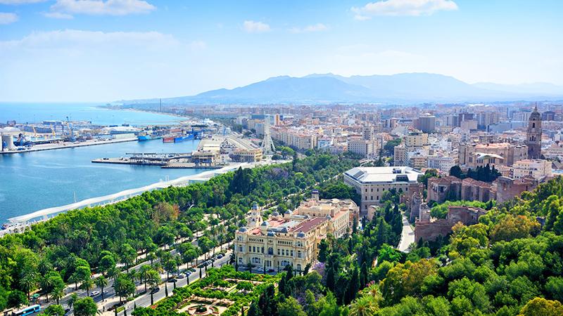 Meses de alta e baixa temporada em Málaga
