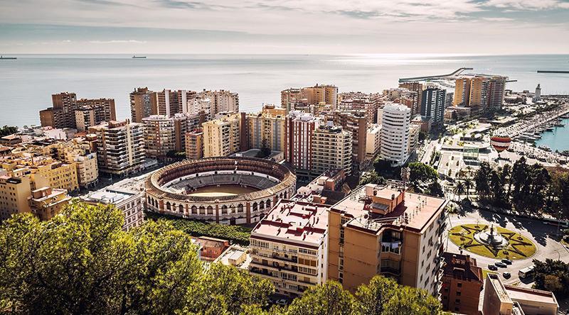 Vista aérea da cidade de Málaga