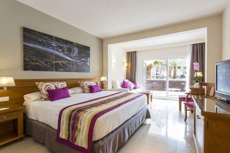 Hotéis bons e baratos em Ibiza