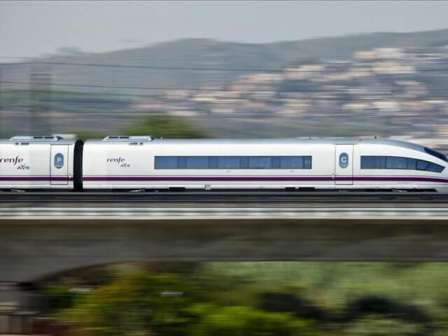 Viagem de trem de Zaragoza a Madri Puerta de Atocha