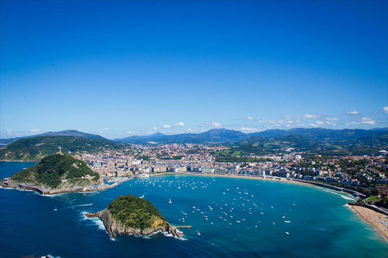Vista da cidade de San Sebastián