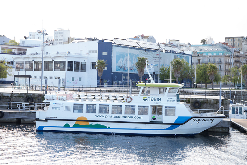 Embarcação da Empresa Naviera Nabia em Vigo