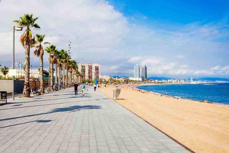 Como viajar muito barato a Barcelona